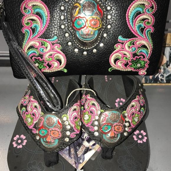 2593e179bed673 Montana West Sugar Skull Embroidered Flip Flops